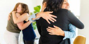 Liebe und menschliche Nähe in Sekten
